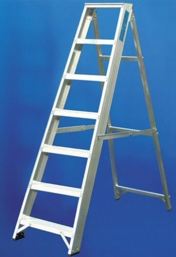 Industrial Aluminium Swing Back Stepladder ESS8/6